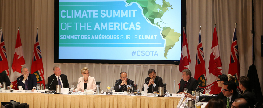 Premier Wynne moderated a roundtable discussion among leader about Climate Change and then introduced Al Gore's keynote speech at the Climate Summit of the Americas. © Queen's Printer for Ontario, 2015
