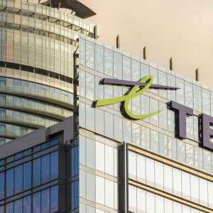 TELUS Graduate Engineering Leadership Program dials in on recent grads' career needs